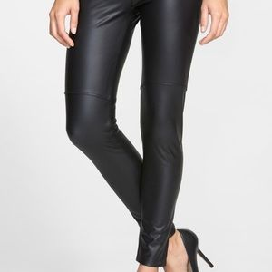 Lysee Faux Leather Leggings Size L